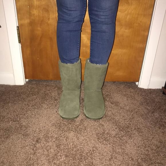 Light Olive Green Bearpaw Boots   Poshmark